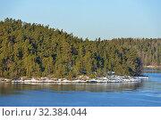 Купить «Spring sunny landscape. Islands in Baltic Sea», фото № 32384044, снято 27 марта 2018 г. (c) Валерия Попова / Фотобанк Лори