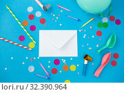 Купить «postal envelope and birthday party props», фото № 32390964, снято 11 декабря 2018 г. (c) Syda Productions / Фотобанк Лори