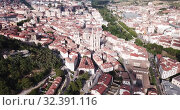 Купить «Aerial view on the Cathedral of Burgos. Castilla y Leon. Spain», видеоролик № 32391116, снято 20 июня 2019 г. (c) Яков Филимонов / Фотобанк Лори