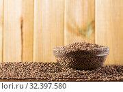 Купить «Raw lentil grains in glass bowl», фото № 32397580, снято 7 декабря 2019 г. (c) Яков Филимонов / Фотобанк Лори
