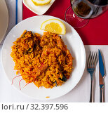 Купить «Paella with seafood», фото № 32397596, снято 13 ноября 2019 г. (c) Яков Филимонов / Фотобанк Лори
