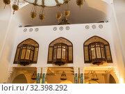 Interior of mosque, balcony for women, St. Petersburg (2019 год). Стоковое фото, фотограф Юлия Бабкина / Фотобанк Лори