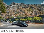 View of the walls of the old town of Kotor (2017 год). Редакционное фото, фотограф Алексей Голованов / Фотобанк Лори