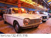 Купить «Peugeot 204», фото № 32411116, снято 16 сентября 2019 г. (c) Art Konovalov / Фотобанк Лори