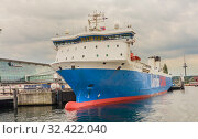 Kiel harbor, ColorLine ferry at the Norwegenkai terminal, Kiel, Kieler Foerde, Baltic Sea, Schleswig-Holstein. Редакционное фото, фотограф Николай Коржов / Фотобанк Лори