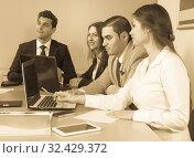 Купить «colleagues in negotiations in conference room», фото № 32429372, снято 26 мая 2020 г. (c) Татьяна Яцевич / Фотобанк Лори