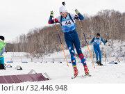 Купить «Sportsman biathlete Ilmir Akhtyamov Saint Petersburg skiing on distance biathlon stadium», фото № 32446948, снято 12 апреля 2019 г. (c) А. А. Пирагис / Фотобанк Лори