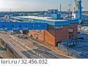 Купить «Портовые сооружения. Халл. Великобритания», фото № 32456032, снято 26 августа 2019 г. (c) Сергей Афанасьев / Фотобанк Лори