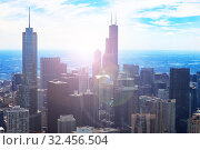 View of Chicago downtown and towers with flare (2018 год). Стоковое фото, фотограф Сергей Новиков / Фотобанк Лори