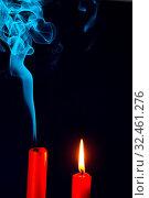 Die Flamme einer Kerze wurde ausgeblasen. Symbol für Tod, sterben und Vergangenheit. Стоковое фото, фотограф Zoonar.com/Erwin Wodicka / age Fotostock / Фотобанк Лори