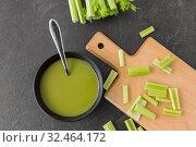 Купить «celery cream soup in ceramic bowl with spoon», фото № 32464172, снято 12 апреля 2018 г. (c) Syda Productions / Фотобанк Лори
