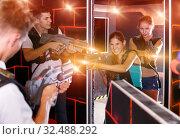 Купить «Ordinary players playing in teams», фото № 32488292, снято 27 августа 2018 г. (c) Яков Филимонов / Фотобанк Лори