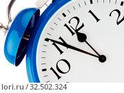 5 Minuten vor 12 auf einer Uhr. Zeit für Entscheidungen. Стоковое фото, фотограф Zoonar.com/Erwin Wodicka / age Fotostock / Фотобанк Лори