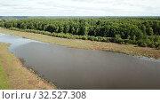 Купить «Green river meadows in floodplain of Oka River, central Russia», видеоролик № 32527308, снято 28 июня 2018 г. (c) Яков Филимонов / Фотобанк Лори