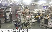 Купить «Experimental stations in Scientific Experimental Laboratory», видеоролик № 32527344, снято 26 февраля 2020 г. (c) Яков Филимонов / Фотобанк Лори