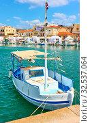 Купить «Fshing boats in the port of Aegina town», фото № 32537064, снято 13 сентября 2019 г. (c) Роман Сигаев / Фотобанк Лори
