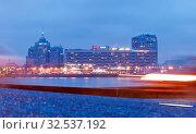 """Купить «Отель """"Санкт-Петербург"""". Вид со стороны набережной Кутузова. Санкт-Петербург», фото № 32537192, снято 29 ноября 2019 г. (c) Румянцева Наталия / Фотобанк Лори"""