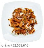 Купить «Pickled red pine mushrooms with onion», фото № 32538616, снято 24 января 2020 г. (c) Яков Филимонов / Фотобанк Лори