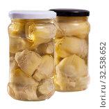 Купить «Canned artichokes in glass jar», фото № 32538652, снято 12 декабря 2019 г. (c) Яков Филимонов / Фотобанк Лори