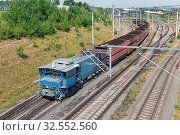 Купить «German train transporting brown coals from Hambach open pit mine to power plant», фото № 32552560, снято 4 июля 2020 г. (c) easy Fotostock / Фотобанк Лори