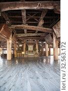 Hall of the Senjokaku (Toyokuni) Shrine, pavilion of 1000 mats. It is unfinished Buddhist library. Itsukushima, Japan (2013 год). Редакционное фото, фотограф Кекяляйнен Андрей / Фотобанк Лори
