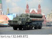 Купить «Российская зенитная ракетная система большой и средней дальности, зенитный ракетный комплекс (ЗРК) С-400 «Триумф» на генеральной репетиции парада на Красной площади в честь Дня Победы», фото № 32649872, снято 7 мая 2019 г. (c) Free Wind / Фотобанк Лори