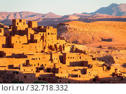Ait Benhaddou,fortified city, kasbah or ksar, along the former caravan route between Sahara and Marrakesh in present day Morocco. It is situated in Souss Massa Draa on a hill along the Ounila River. Стоковое фото, фотограф Zoonar.com/Matej Kastelic / easy Fotostock / Фотобанк Лори