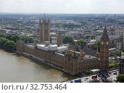 London, United Kingdom, view of the Palace of Westminster and Westminster Abbey (2017 год). Редакционное фото, агентство Caro Photoagency / Фотобанк Лори