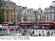 London, Great Britain, Trafalgar Square (2017 год). Редакционное фото, агентство Caro Photoagency / Фотобанк Лори