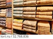 Piles of towels on the shelves. Стоковое фото, фотограф Zoonar.com/Ruslan Nassyrov / easy Fotostock / Фотобанк Лори
