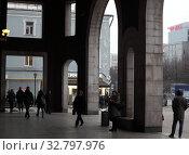 Купить «Москва, вестибюль метрополитена, станция Цветной бульвар», эксклюзивное фото № 32797976, снято 25 декабря 2019 г. (c) Дмитрий Неумоин / Фотобанк Лори