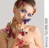 Купить «Portrait of beautiful naked girl with butterflies», фото № 32906920, снято 19 августа 2016 г. (c) Гурьянов Андрей / Фотобанк Лори