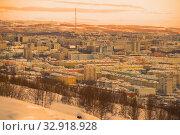 Купить «Панорама  заполярного  города в февральский закат. Мурманск, Россия», фото № 32918928, снято 21 февраля 2019 г. (c) Виктор Карасев / Фотобанк Лори