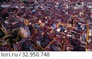 Aerial view of Valladolid at twilight. Spain. Стоковое видео, видеограф Яков Филимонов / Фотобанк Лори