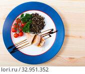 Купить «Stuffed squid with peppers, wild rice, eggs and herbs», фото № 32951352, снято 22 февраля 2020 г. (c) Яков Филимонов / Фотобанк Лори