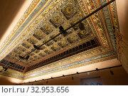 Купить «Interiors of medieval Aljaferia Palace, Zaragoza, Spain», фото № 32953656, снято 1 апреля 2020 г. (c) Яков Филимонов / Фотобанк Лори