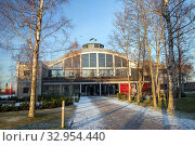 Tallinn, Estonia - DEC 01, 2019: Seaplane Harbour Lennusadam museum. Редакционное фото, фотограф Юлия Кузнецова / Фотобанк Лори