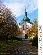 Church of St John of Nepomuk at Zelena hora, Czech Republic. Стоковое фото, фотограф Яков Филимонов / Фотобанк Лори