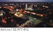 Купить «Night view of Kremlin and the Assumption Church in Tula, Russia», видеоролик № 32977412, снято 27 мая 2019 г. (c) Яков Филимонов / Фотобанк Лори
