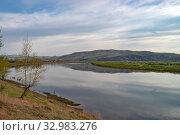 Купить «Река Нерча, вблизи города Нерчинск», фото № 32983276, снято 26 мая 2019 г. (c) Геннадий Соловьев / Фотобанк Лори