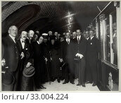 'Alfonso XIII Opens the First Section of the Madrid Underground System', 13-04-1916, Alfonso Sanchez García (1880-1953) (2019 год). Редакционное фото, фотограф Artelan / age Fotostock / Фотобанк Лори