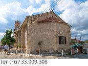 Купить «Lania, Cyprus - Aug 10.2019. Church of the Virgin Chrysolanitissa», фото № 33009308, снято 8 октября 2019 г. (c) Володина Ольга / Фотобанк Лори