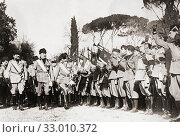 Benito Mussolini inspecting troops. Benito Amilcare Andrea Mussolini, 1883 - 1945. 27th Prime Minister of Italy. Also known as Il Duce, or The Leader. Head of Italian government during World War II. (2019 год). Редакционное фото, фотограф Classic Vision / age Fotostock / Фотобанк Лори