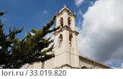 Купить «The Church of the Virgin Chrysolanitissa in Lania, Cyprus», видеоролик № 33019820, снято 2 февраля 2020 г. (c) Володина Ольга / Фотобанк Лори