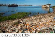 Old destroyed part of Montevideo port zone (2017 год). Стоковое фото, фотограф Яков Филимонов / Фотобанк Лори