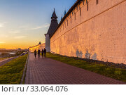 Купить «Sunset light on the Preobrazhenskaya tower of the Kremlin in Kazan», фото № 33064076, снято 25 мая 2019 г. (c) Дмитрий Тищенко / Фотобанк Лори