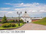 Купить «View of the tower of the Kazan Kremlin in the summer», фото № 33064084, снято 23 мая 2019 г. (c) Дмитрий Тищенко / Фотобанк Лори