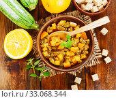 Купить «Zucchini jam with orange», фото № 33068344, снято 24 июля 2019 г. (c) Надежда Мишкова / Фотобанк Лори
