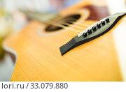Купить «close up of wooden body of guitar», фото № 33079880, снято 14 февраля 2017 г. (c) Татьяна Яцевич / Фотобанк Лори