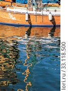 reflection of an old sailing ship in the water. Стоковое фото, фотограф Christian Müringer / PantherMedia / Фотобанк Лори